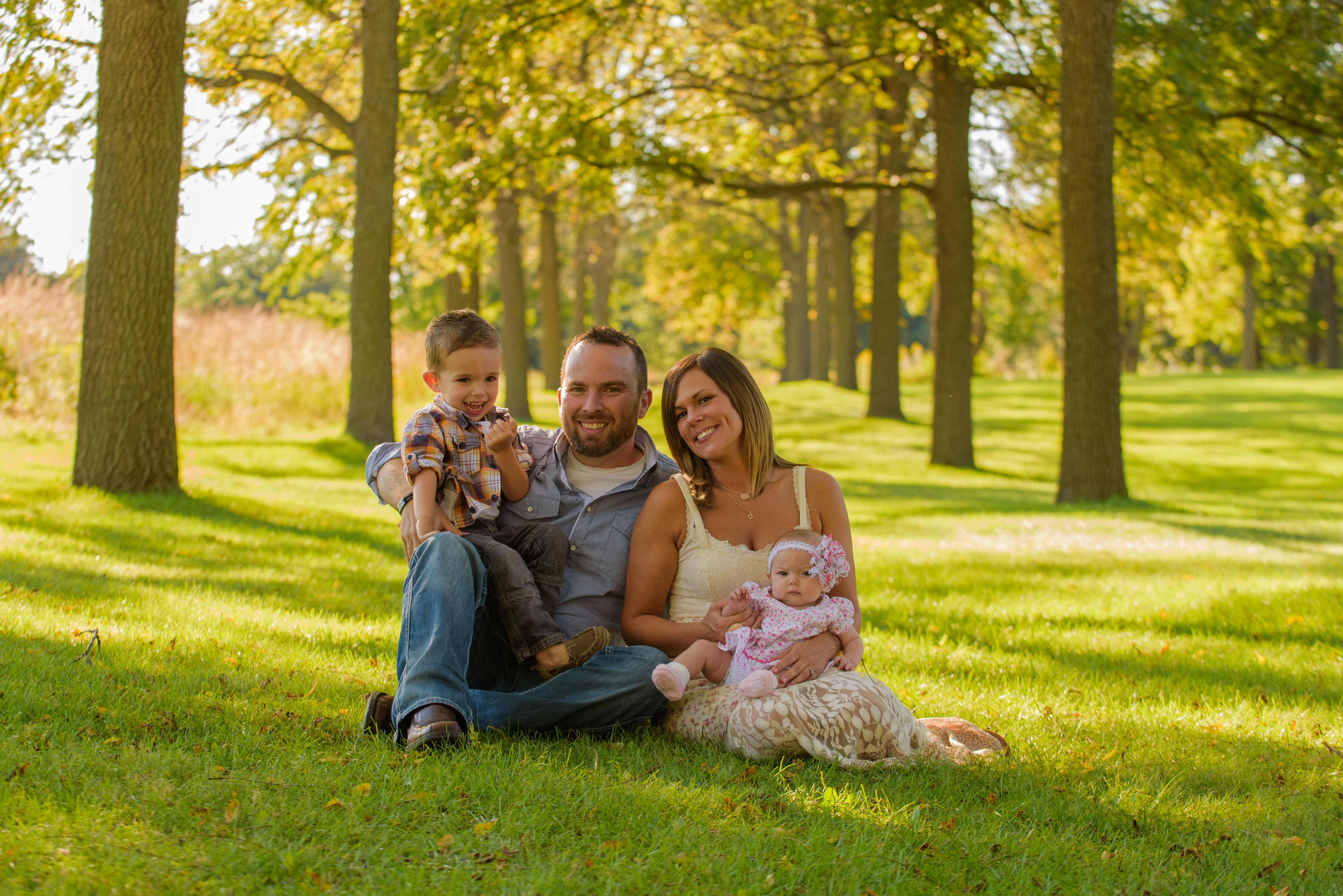 St James Farm Warrenville Family sitting