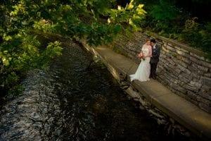 Bride Groom Naperville Riverwalk river